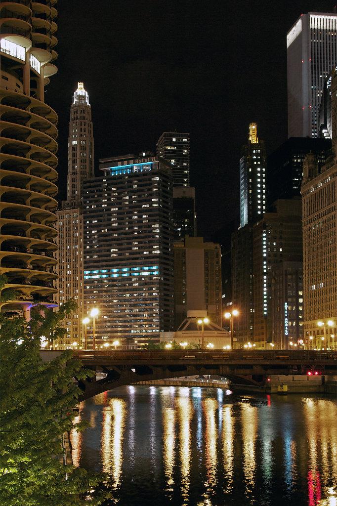 Dearborn Street Bridge at night